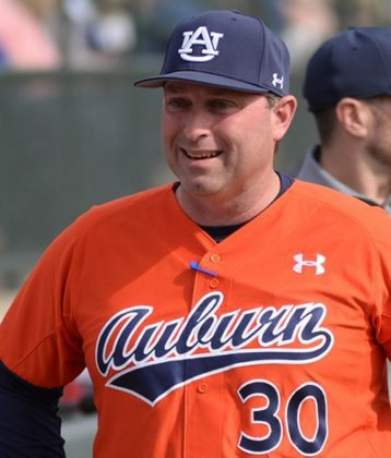 Butch Thompson in Auburn uniform